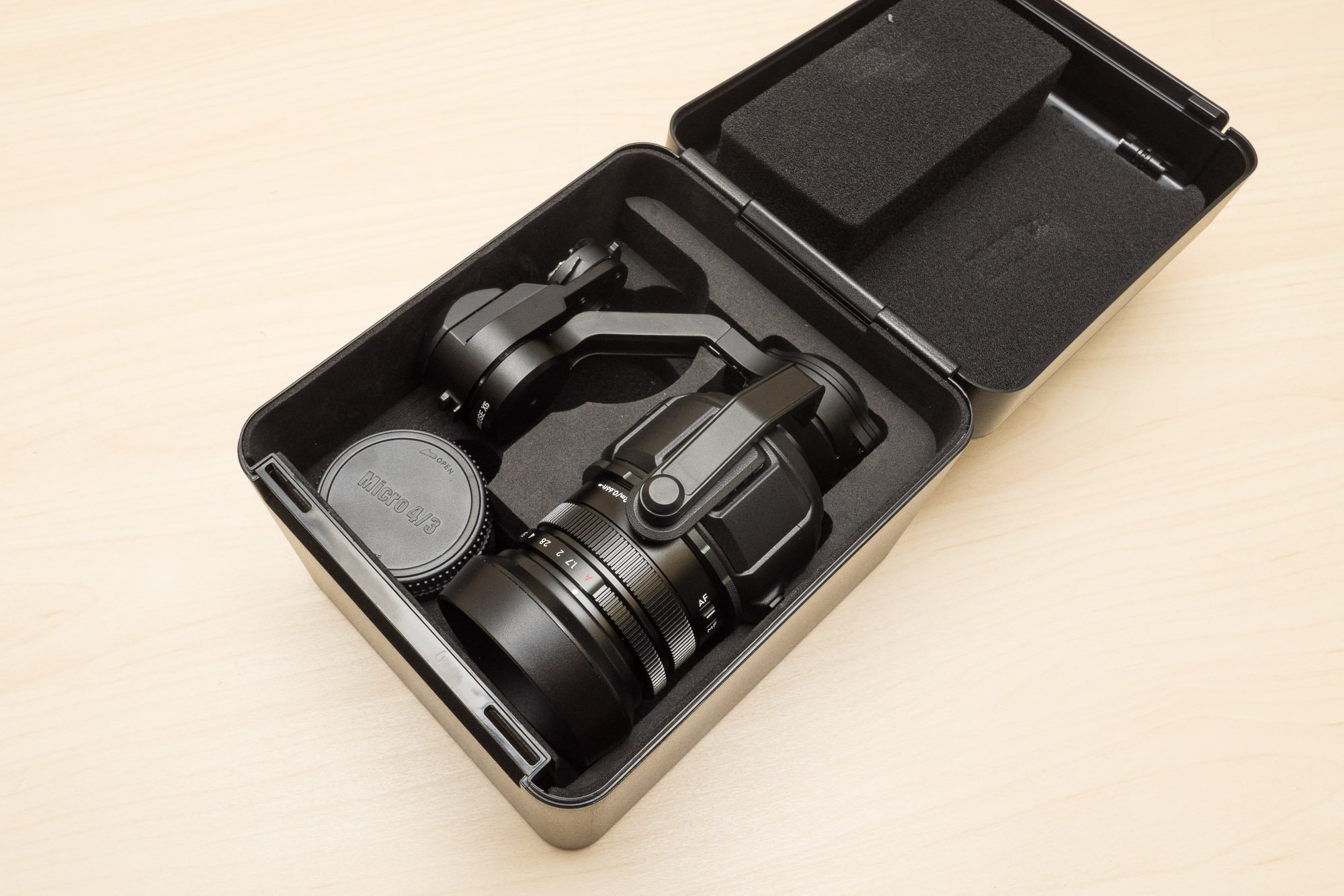 Inspire-1-Pro-X5-Camera-Case-Open.jpg