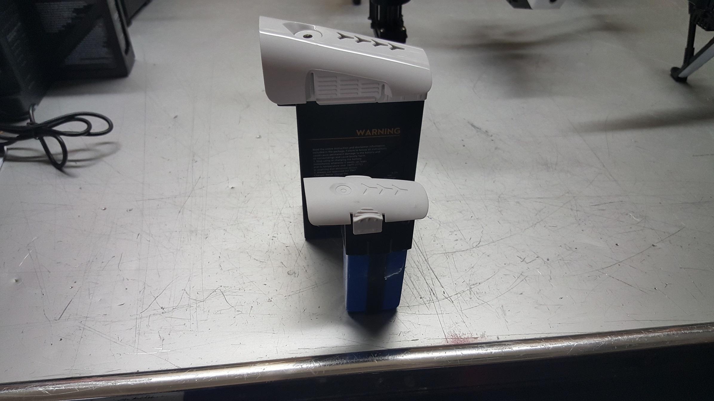 Q333 Battery.jpg