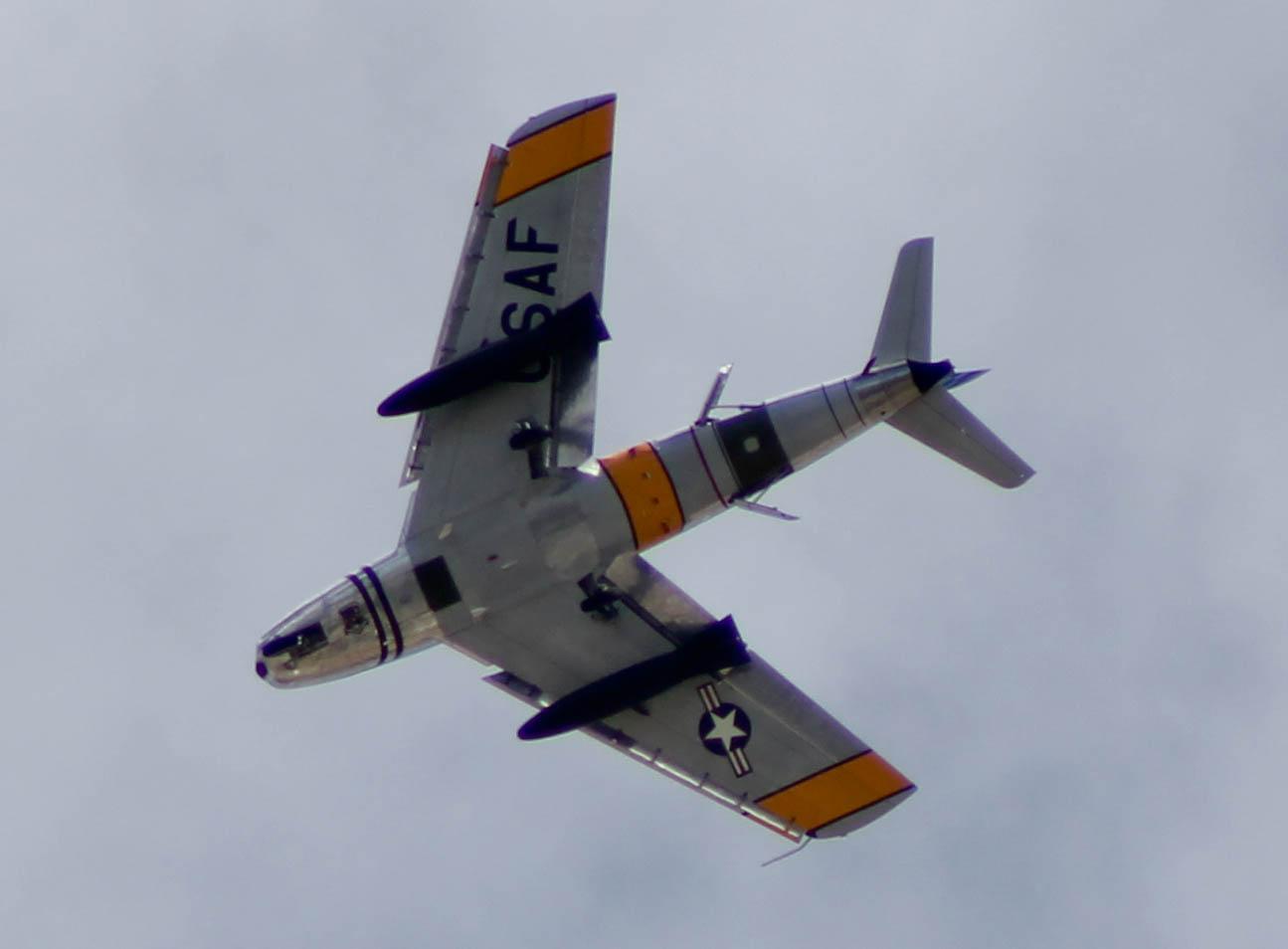Vintage F86 Heritage Flight Training