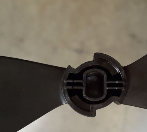 Correct prop hub.JPG