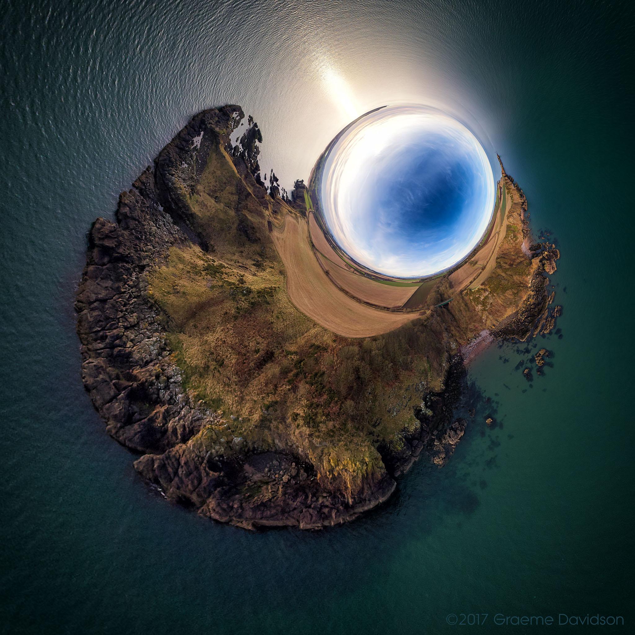 Boddin - Inverted little planet