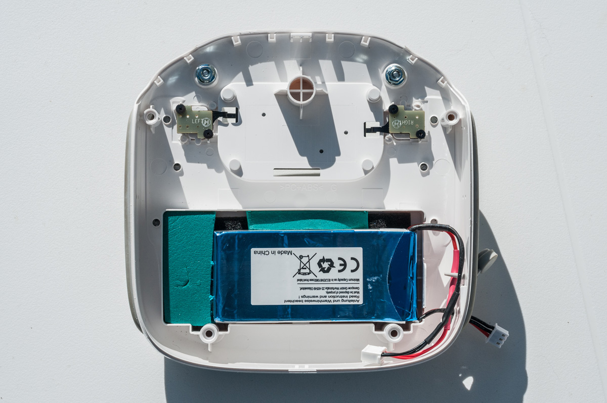 RC unit with replacement battery installed
