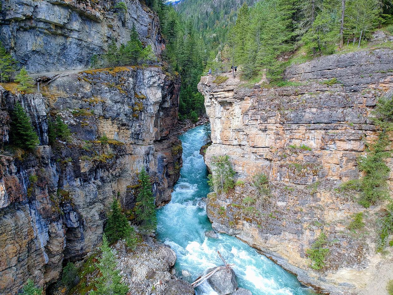 Toby Creek, British Columbia - People on the ledge!