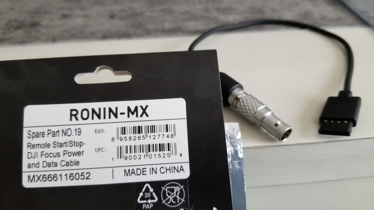 Ronin S Accessories And Follow Focus Questions Dji Forum Just Use 4 Top Bottom Connections For Each Cable The Idea Is To Power Motor So That My Assistant Can Pull Manual Threw Wireless System