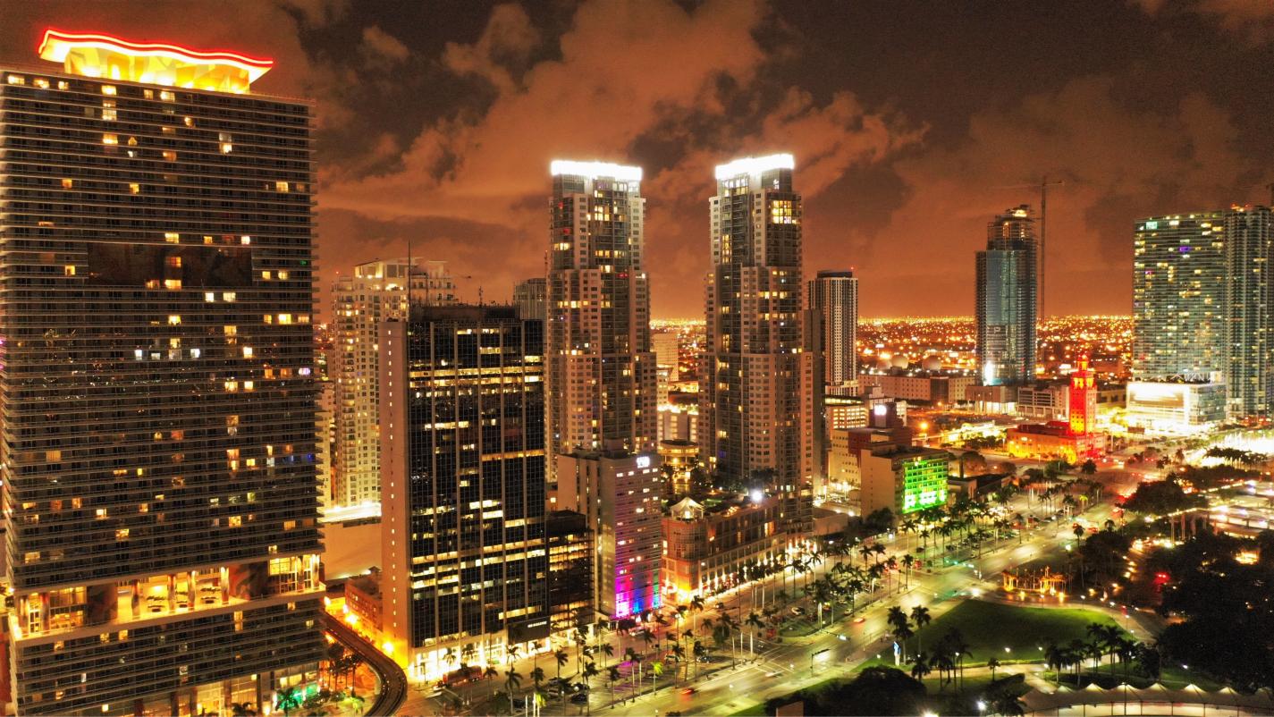 Miami_Night_3.jpg