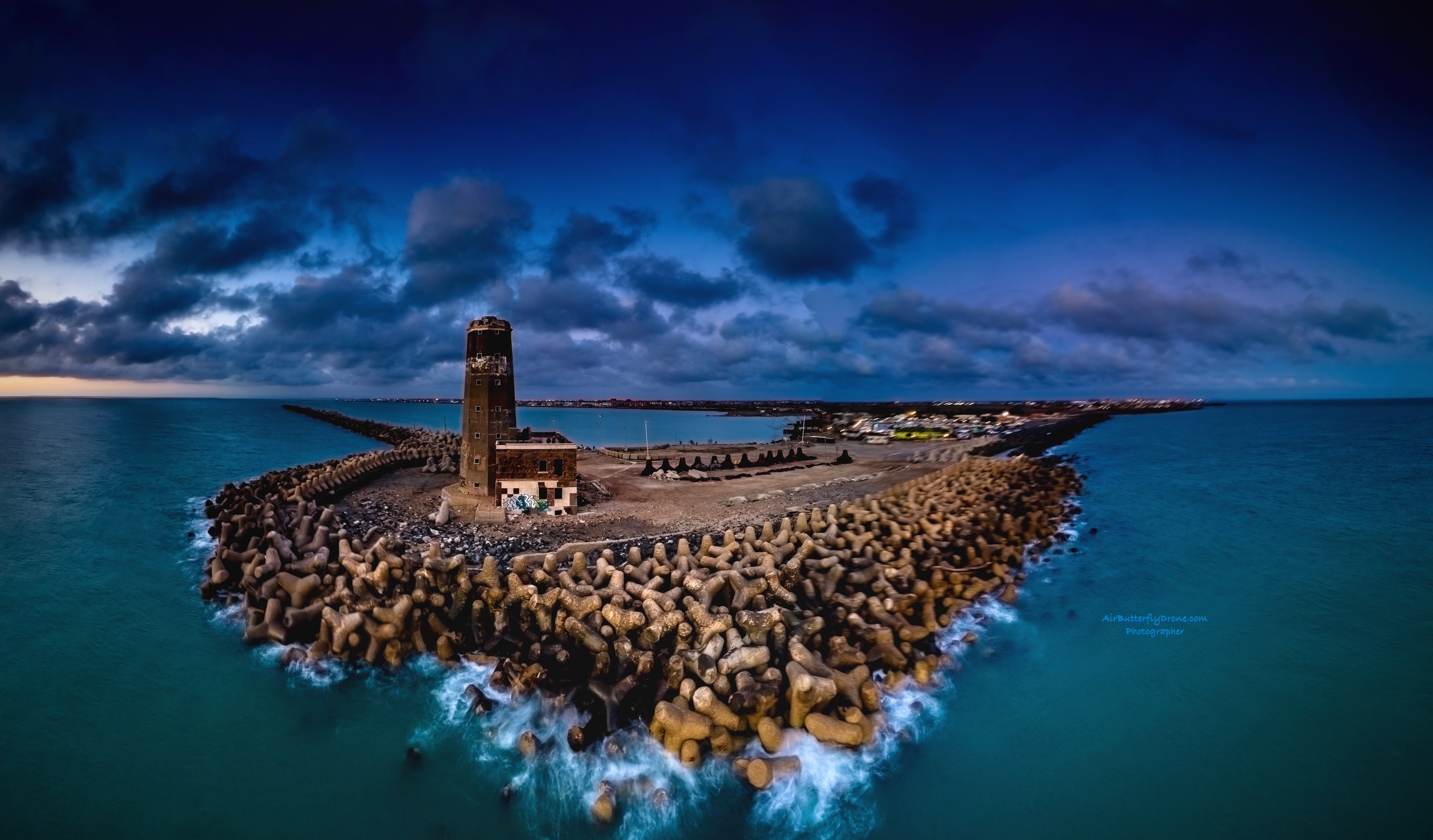 lighthouse pano longexposure.jpeg