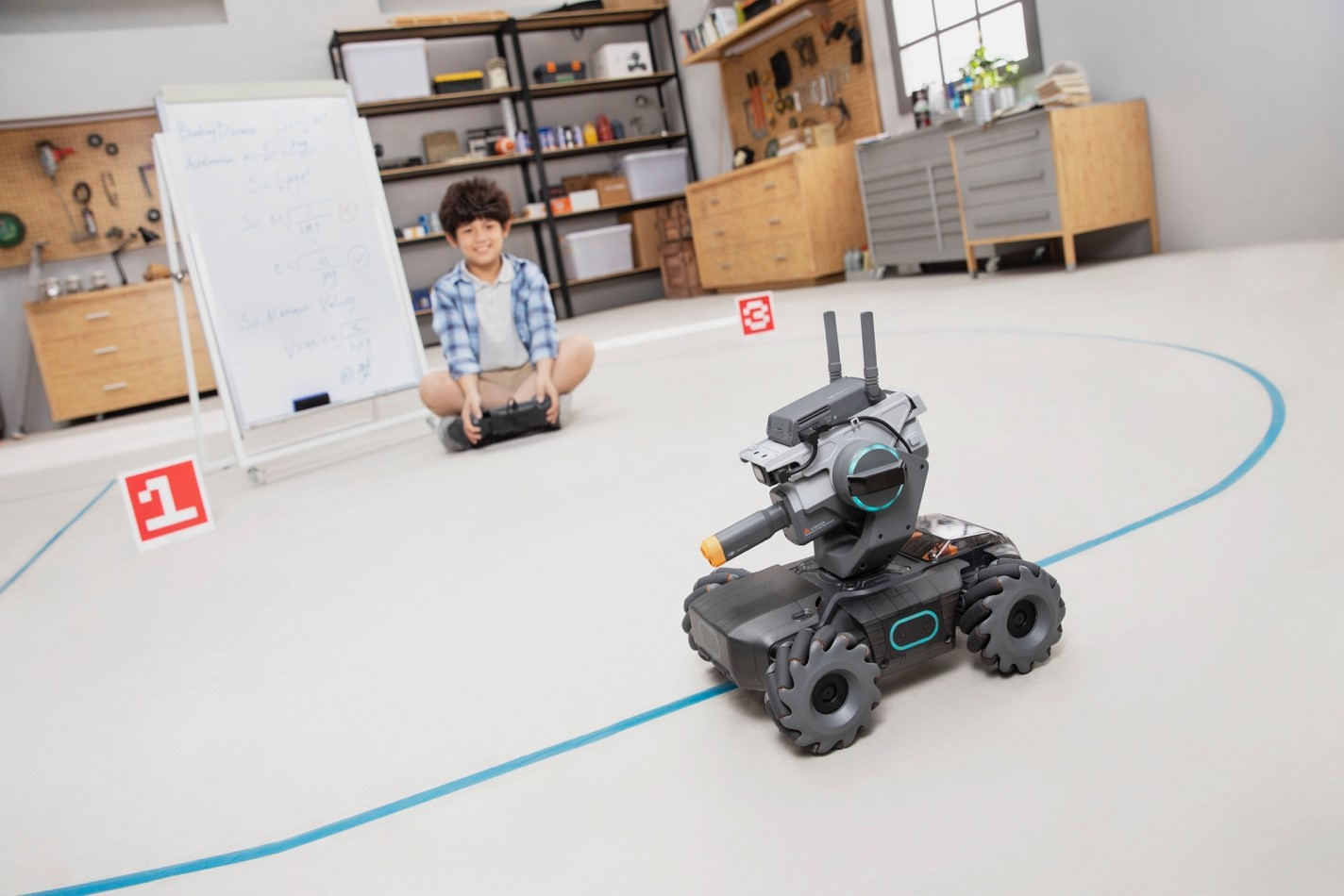 DJI Unveils The RoboMaster S1,An Advanced Educational Robot