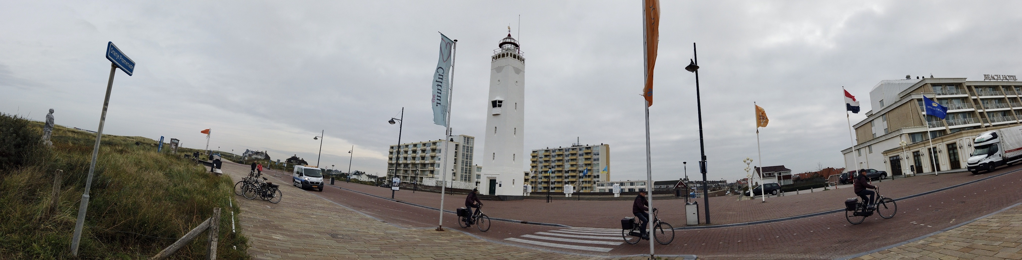 Noordwijk and the lighthouse