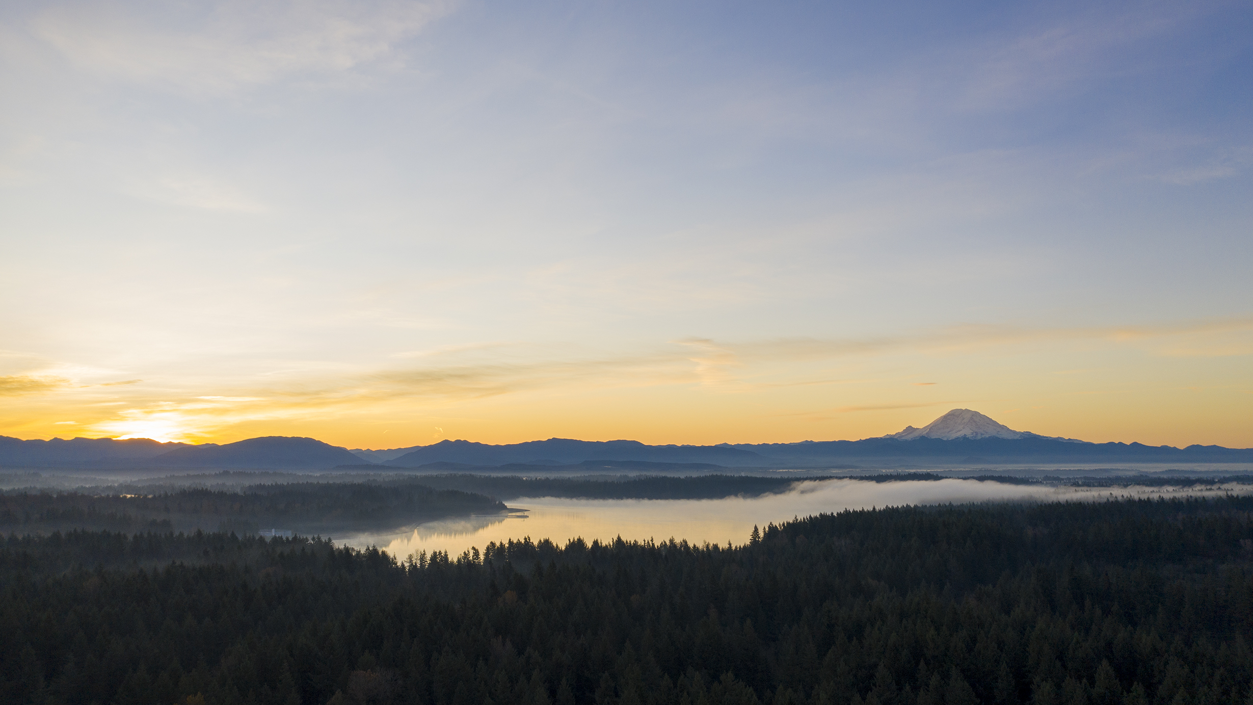 11_02_2019_Lake_Youngs_Sunrise_Small.jpg