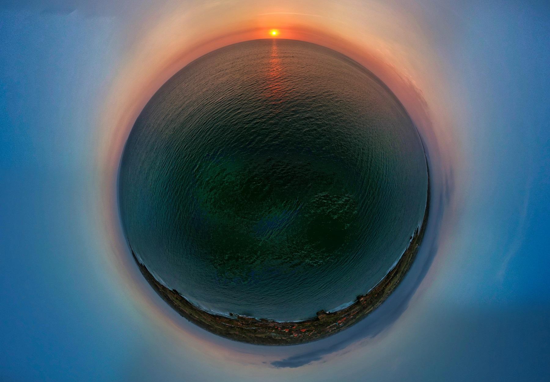 pura-tanah-lot-planet.jpg