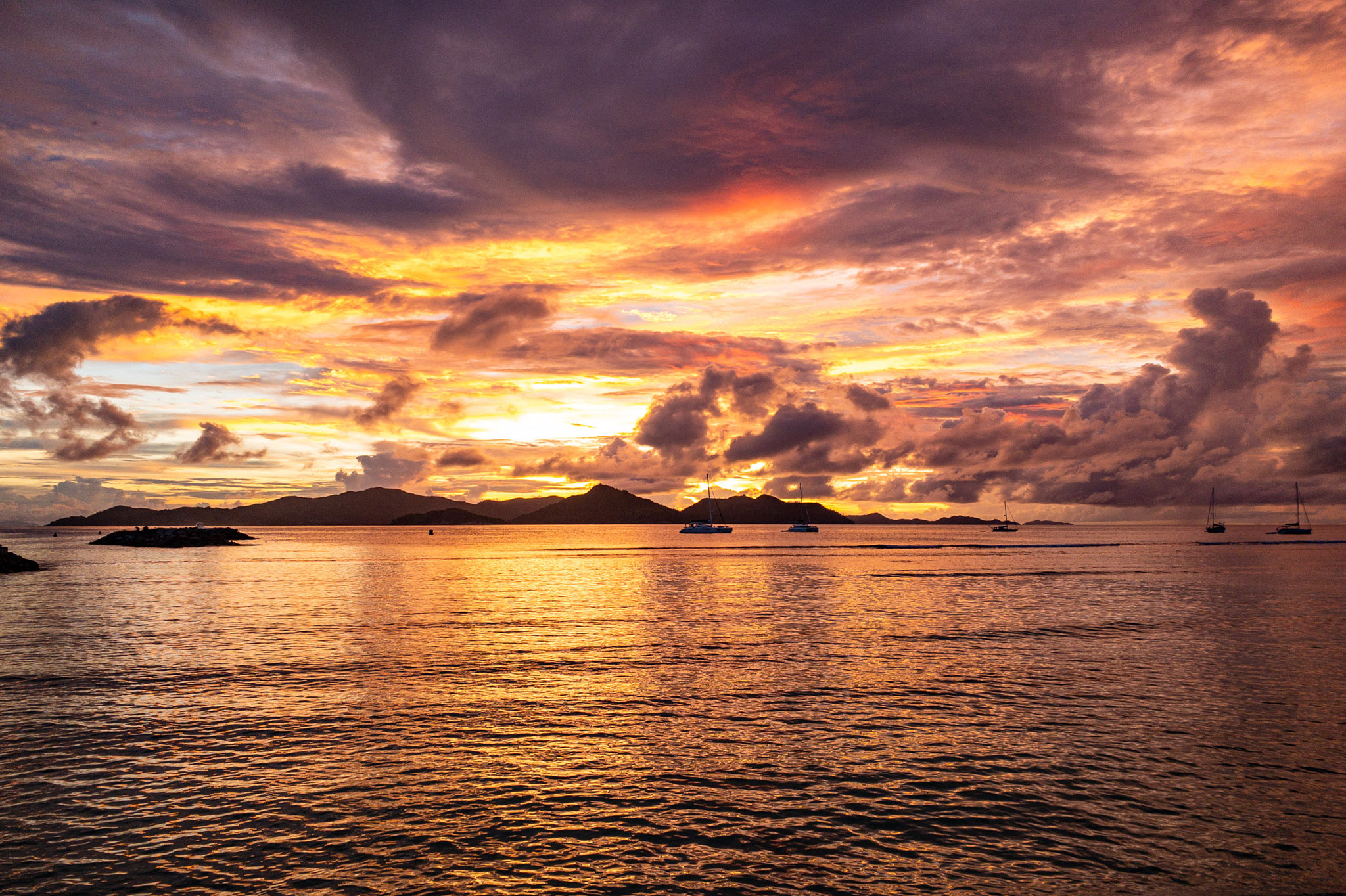 Sunset, La digue