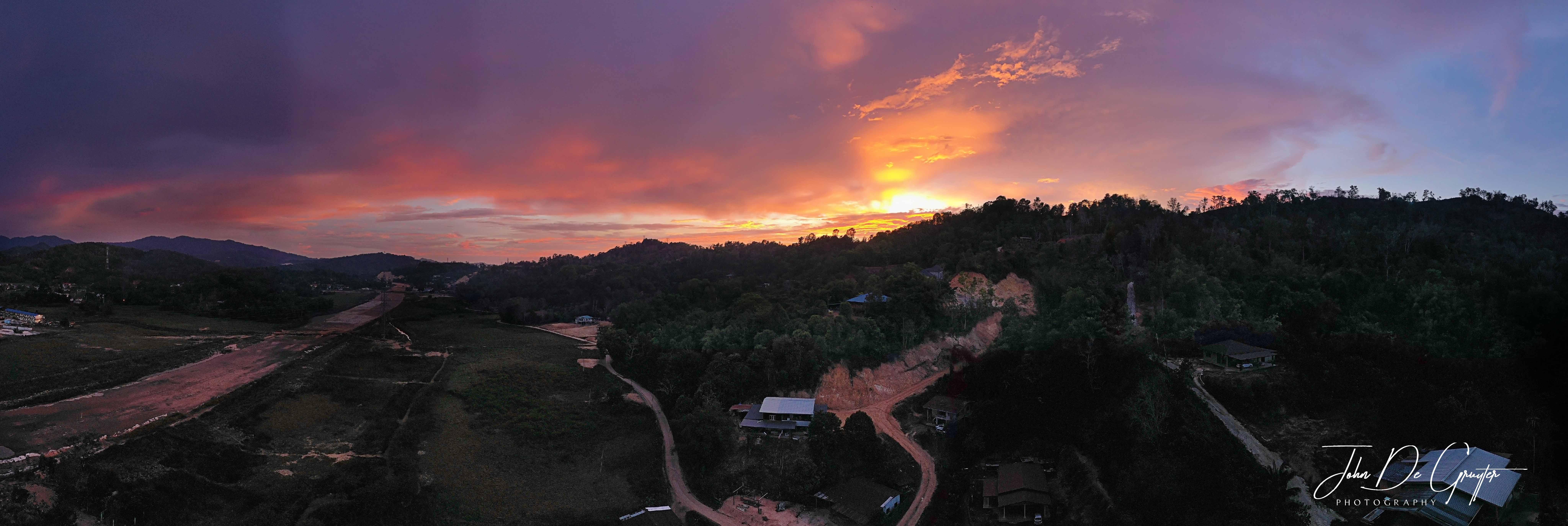 Sunset, Penampang MY