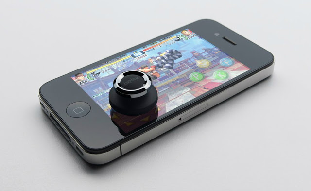 Brick-Joystick-For-Smartphone-Gaming8.jpg