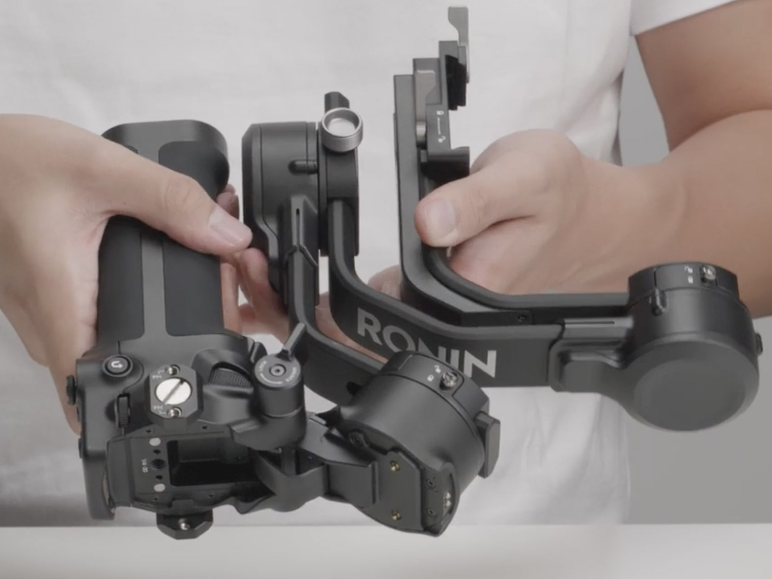 camera gimbal foldable.jpg